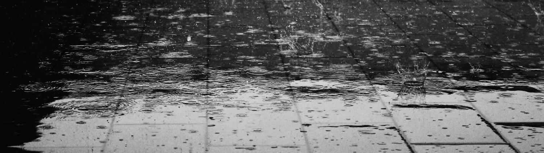 Wasserschaden Überschwemmung Rohrbruch Leitungsbruch Wasserbruch Bautrocknung Gebäude Duregger Wassertrocknung Schadenbehebung Hilfe Schadensbekämpfung Sofortmaßnahmen Boden