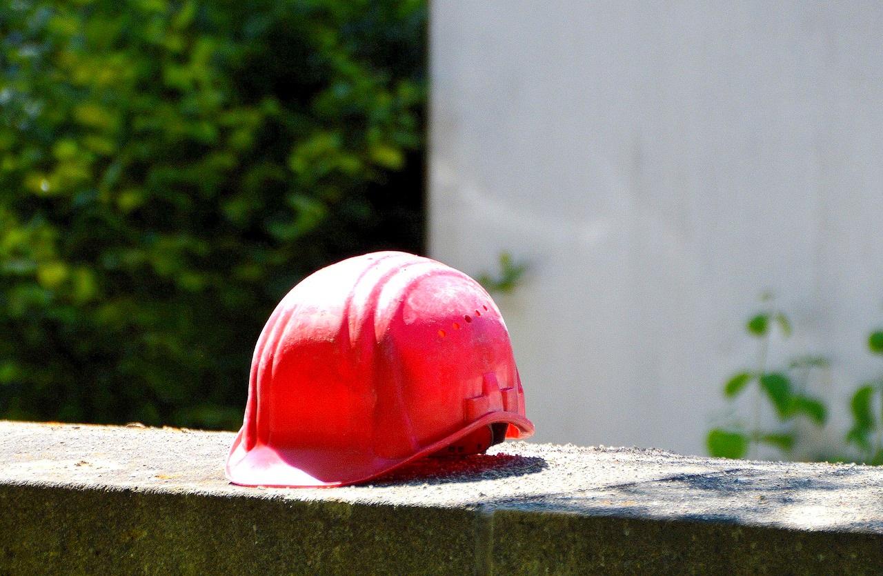 Luftentfeuchter Feuchtigkeit Schimmel Bautrocknung Wäschetrocknung Wasserschäden Neubauten Wasserflecken Kondenswasser Entfeuchtung feucht Bau