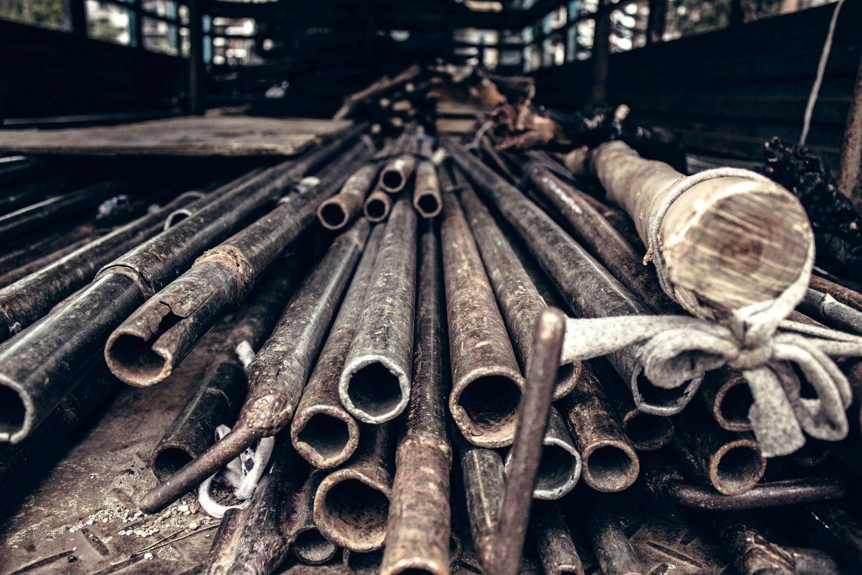 Rohrbruch Hilfe was tun Wasserrohrbruch Bautrocknung Duregger Leitung Lochfraßkorrosion Wasserzufuhrsystem Schaden Wasserschaden Rohr
