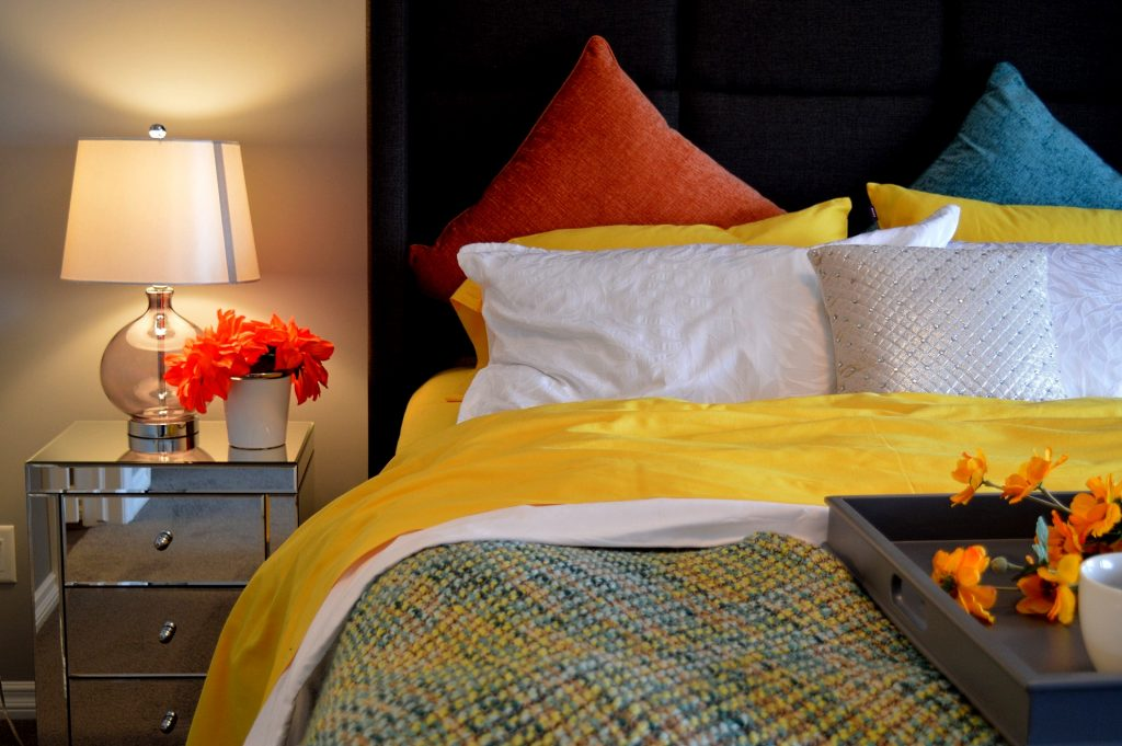 Angenehmes Optimales Raumklima Zuhause Wohnbereich Lüften Heizen Wohlfühlen  Temperatur Balance Feuchtigkeit Hygrometer Schimmel Schlafzimmer