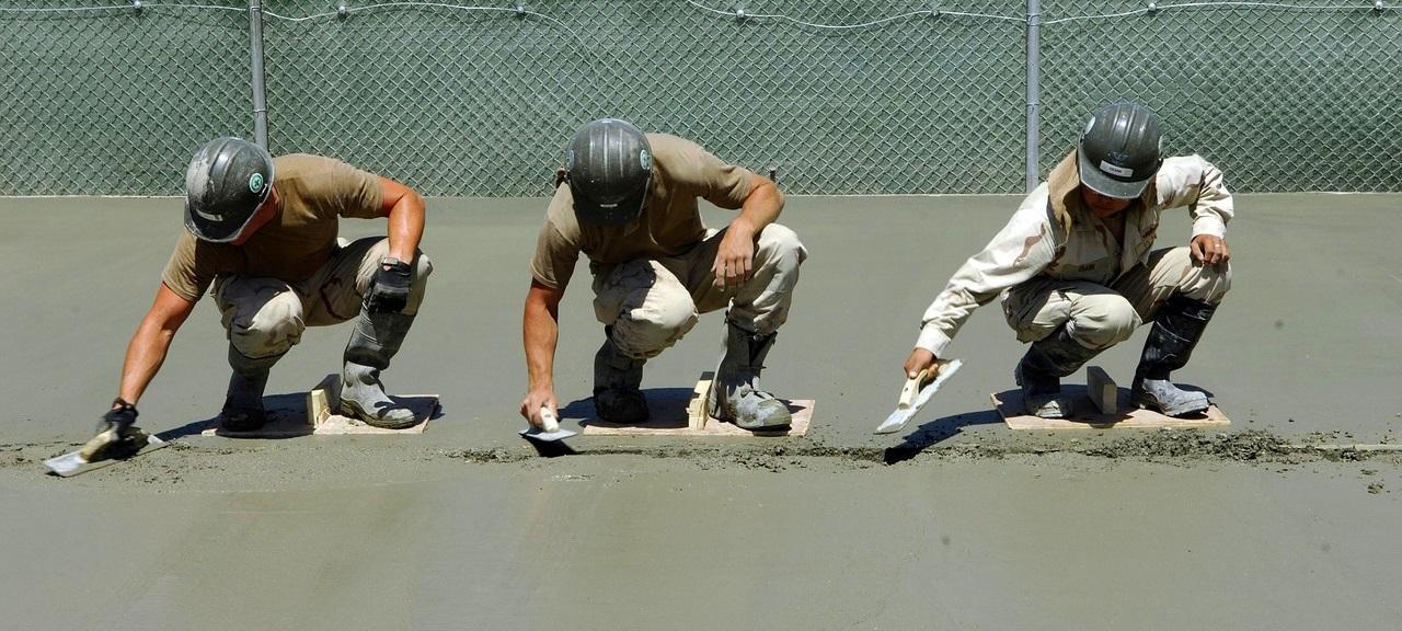trocknung-massiver-bauteile-neubautrocknung-bautrocknung-duregger-vermietung-bautrockner-mieten-muenchen-luftentfeuchter-technische-trocknung-restfeuchte-rohbau-estrich